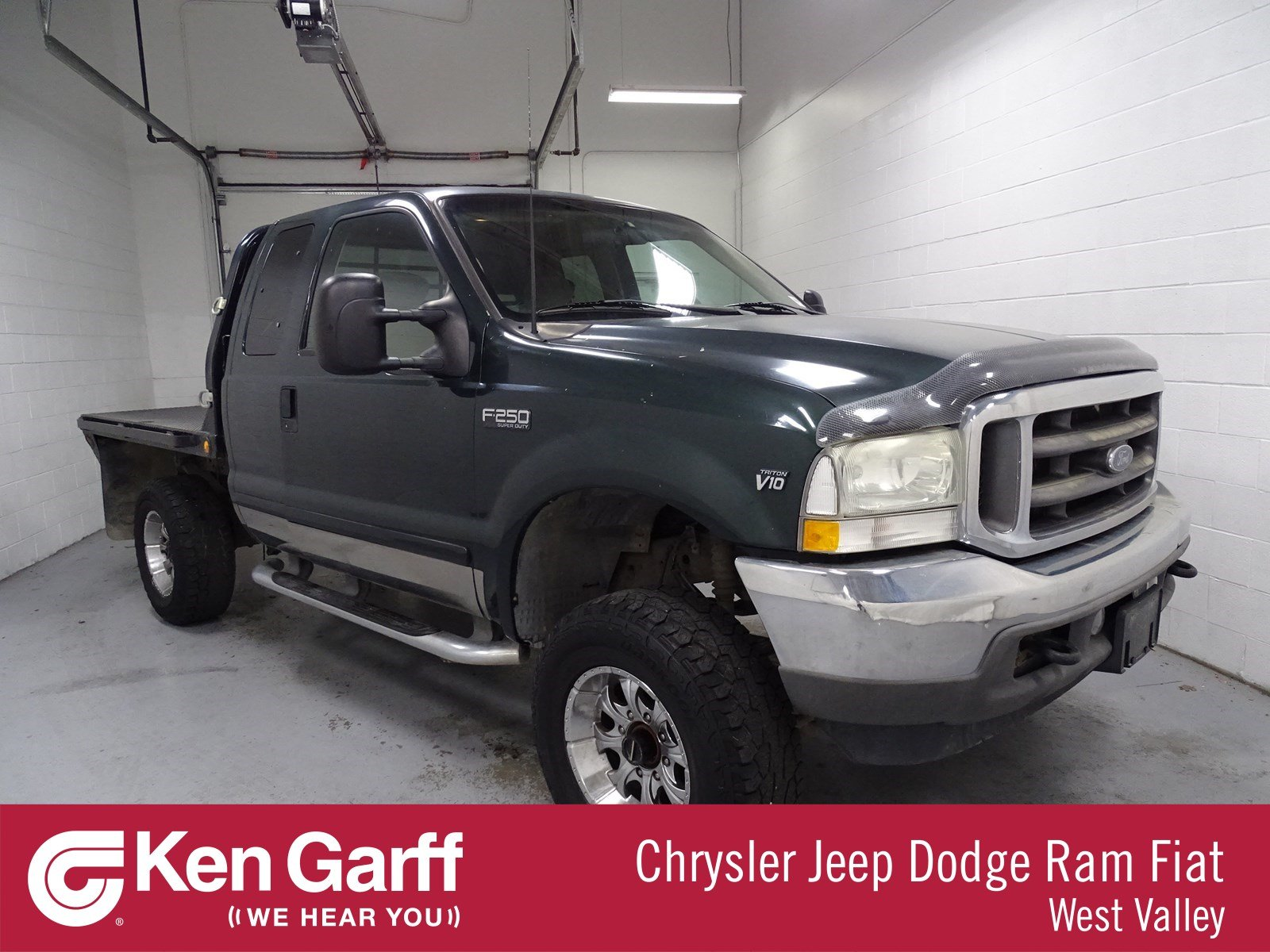 Pre owned 2002 ford super duty f 250 xl