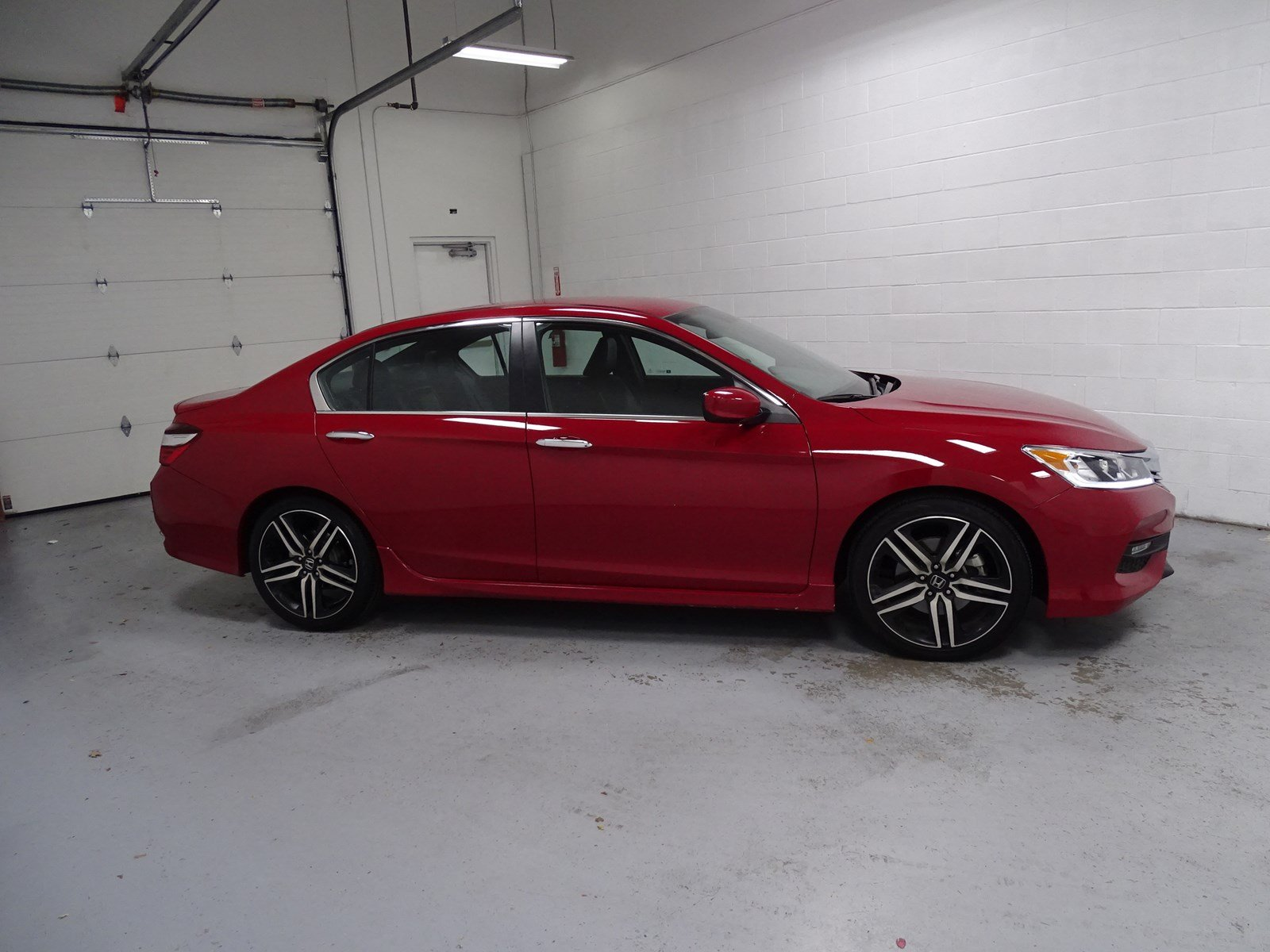 Pre Owned 2017 Honda Accord Sedan Sport 4dr Car in WEST VALLEY CITY