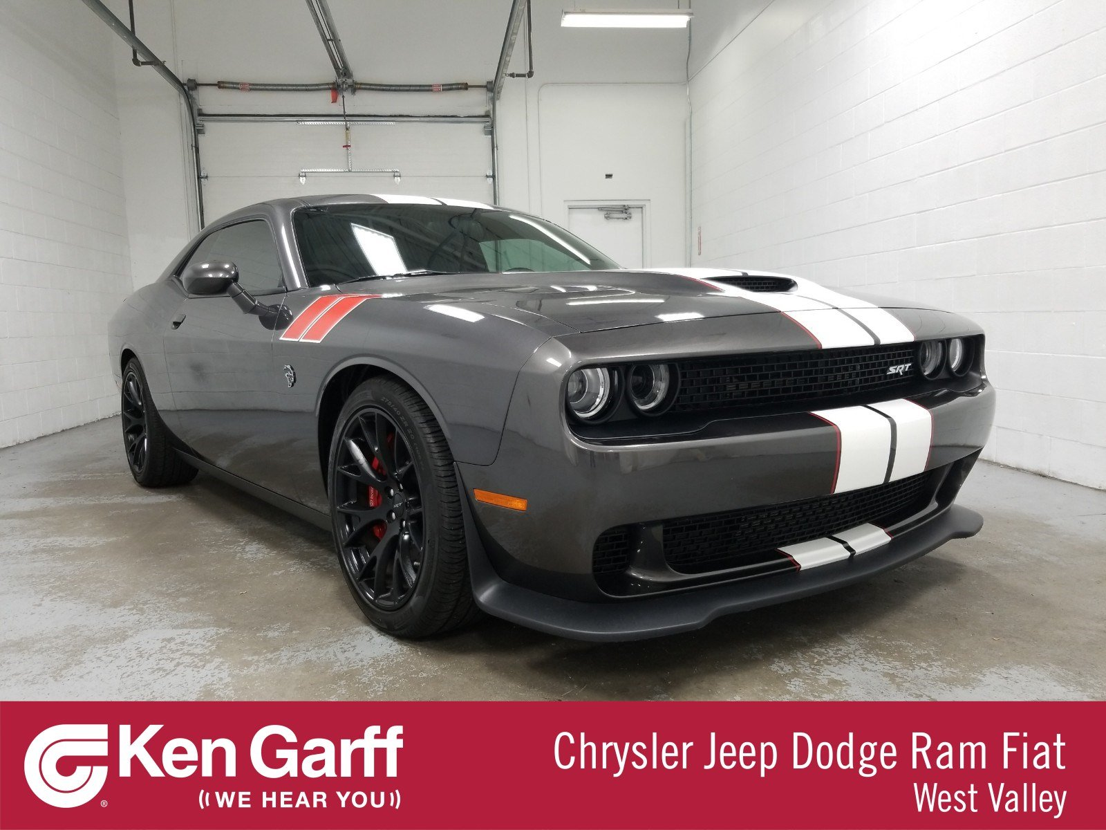 Dodge Challenger Srt Hellcat >> Pre Owned 2015 Dodge Challenger Srt Hellcat With Navigation