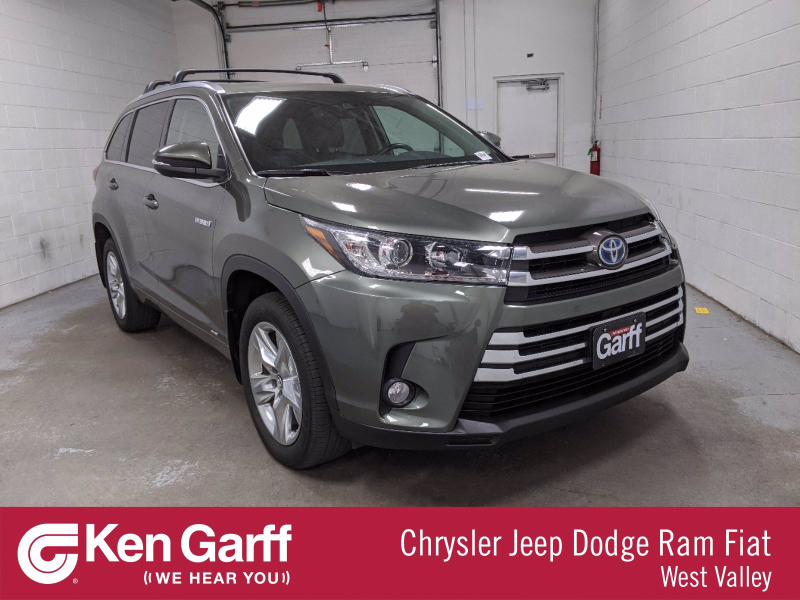 Pre-Owned 2018 Toyota Highlander 4DR AWD V6 LTD HYB
