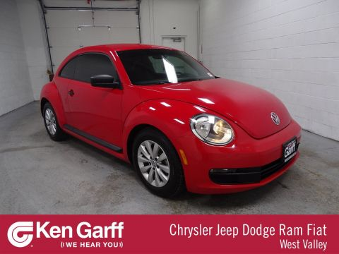 Pre-Owned 2014 Volkswagen Beetle Coupe 1.8T Entry